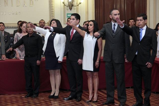 Se vuelven regidores en Puebla sin experiencia ni estudios