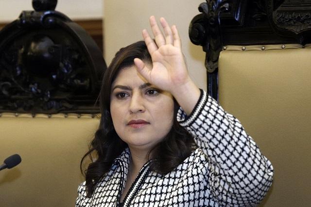 Rivera pierde control del Cabildo; saca dictamen por un voto