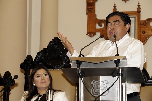 Pide Barbosa a Rivera denunciar corrupción en gobierno anterior