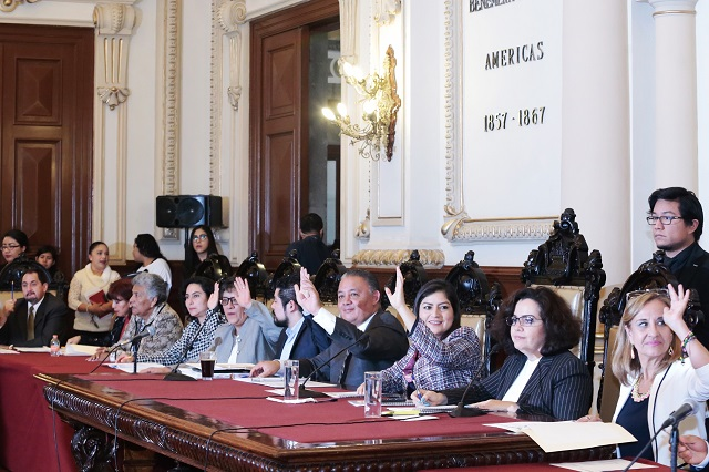 Enfrenta a regidores de Puebla fallo del TEPJF a favor de Alonso