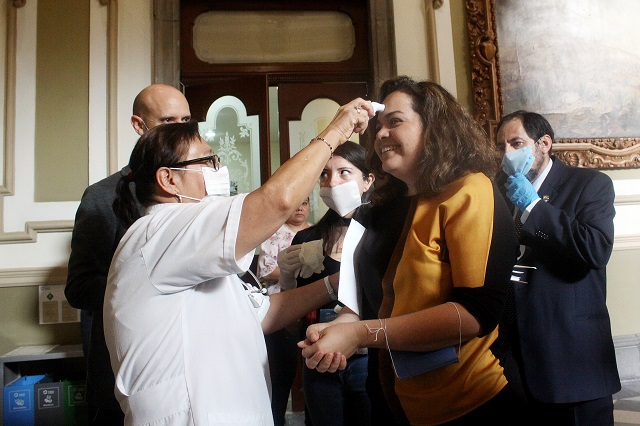 Denunciará Barbosa a secretaria por pedir devolución de edificios