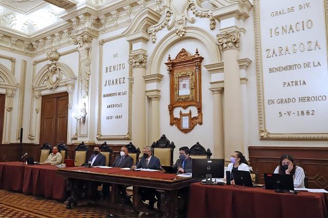 Avalan en Cabildo de Puebla proceso de entrega-recepción