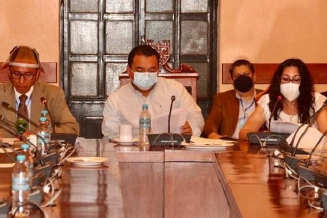 Burócratas de Tehuacán recibirán 30 días de aguinaldo