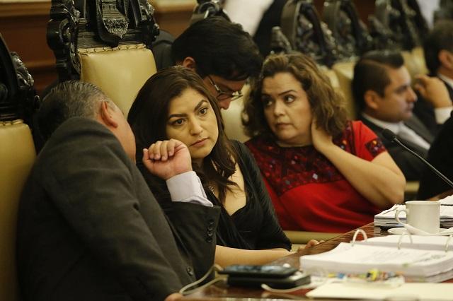 Pelean con alcaldesa de Puebla por dejar sin gastar casi mil mdp