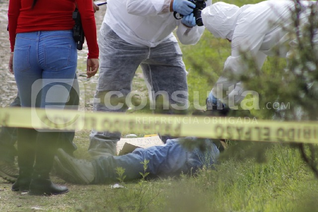 Hallan cadáver con narcomensaje en la carretera a Valsequillo