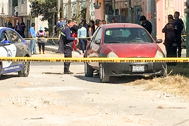 Descartan asesinato de mujer hallada en un auto en La Joya