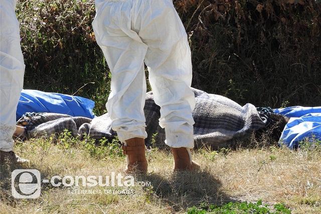 Dejan cuerpo encobijado y con el tiro de gracia al sur de Puebla