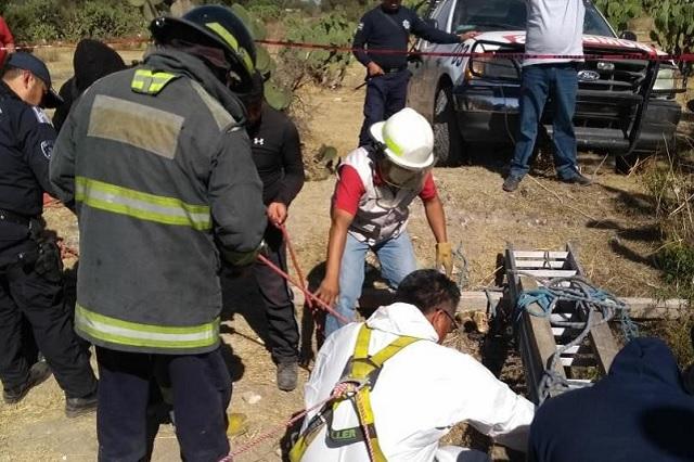 Buscan a víctimas de secuestro en fosa clandestina de Tecamachalco