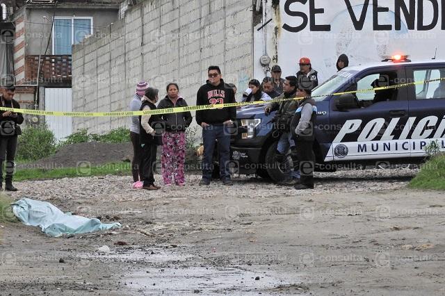 Siembran cadáver golpeado y semidesnudo en Loma Bonita