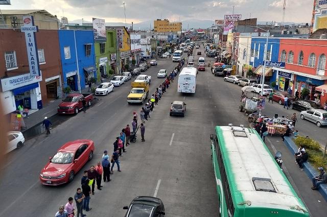 Con cadena humana protestan en Texmelucan contra delitos