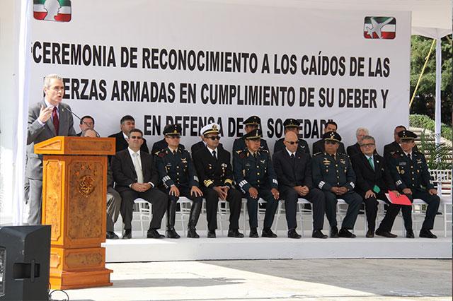Reconoce UPAEP a los caídos de las fuerzas armadas