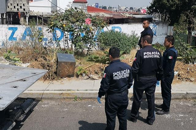 Abandonan caja fuerte en predio baldío de Los Fuertes