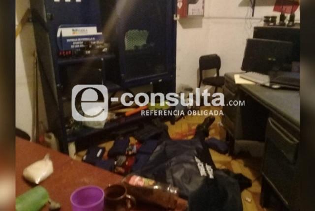 Matan a policía para robar cajero y armas en San José Chiapa