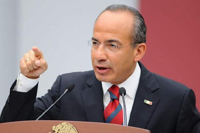 Calderón prevé que AMLO cometerá un error y bajará en las encuestas