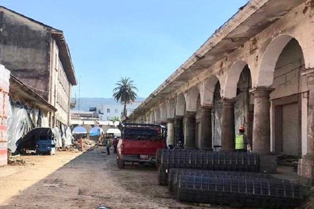 Protestan por obra en mercado de Teziutlán sin permisos