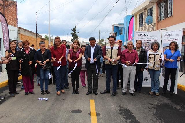 Gobierno capitalino rehabilita calle en Vista Hermosa Álamos