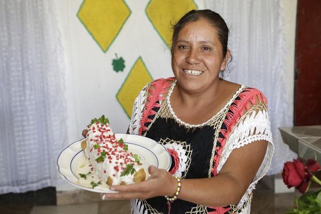 Van por una marca de origen para los Chiles en Nogada
