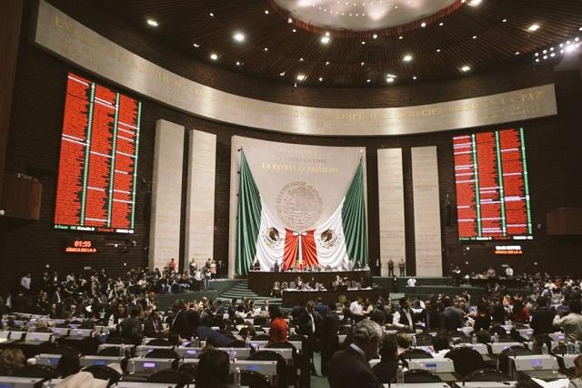 PRI y PRD critican amago de AMLO de abrogar la reforma educativa