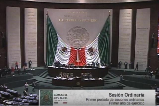 Diputados aprueban que se les quiten propiedades a corruptos y huachicoleros
