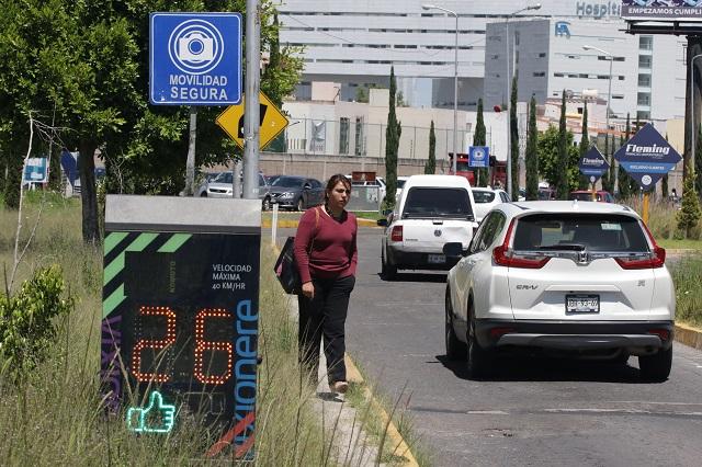 Empresa de fotomultas presume logros de su presencia en Puebla