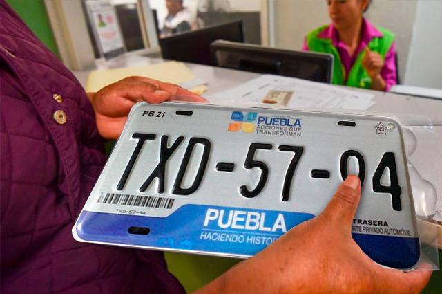 Hay que pagar 1,495 pesos por nuevas placas y control vehicular