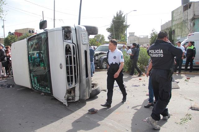 Discuten Morena y PAN por camioneta roba urnas de 2018
