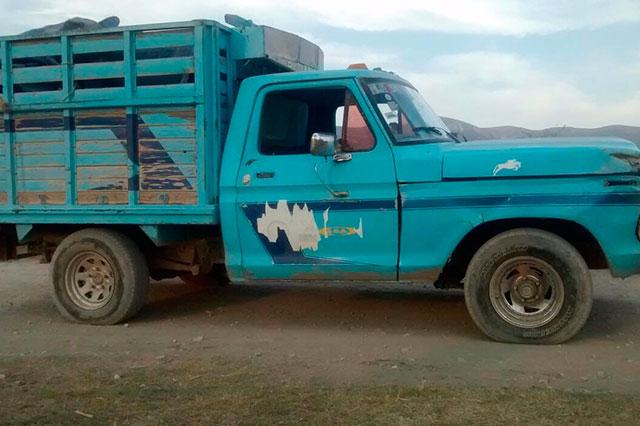 Aseguran cuatro camionetas con 2 mil 850 litros combustible