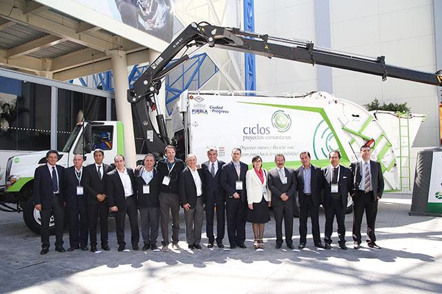 Opera en Puebla primer camión recolector a base de gas natural