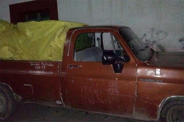 Aseguran camioneta utilizada para robo de hidrocarburo en Amozoc