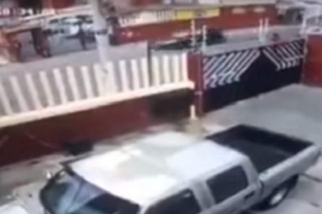 Graban video de niña que se salva de secuestro en Ecatepec