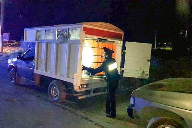 PF asegura 9 camionetas con gasolina robada, en Texmelucan
