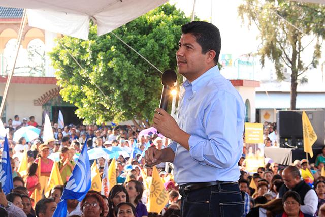 Propone Eduardo Rivera al IEE debate de candidatos a la alcaldía