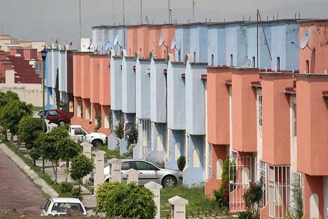 Por pandemia, Canadevi dejará de edificar 5 mil casas en Puebla
