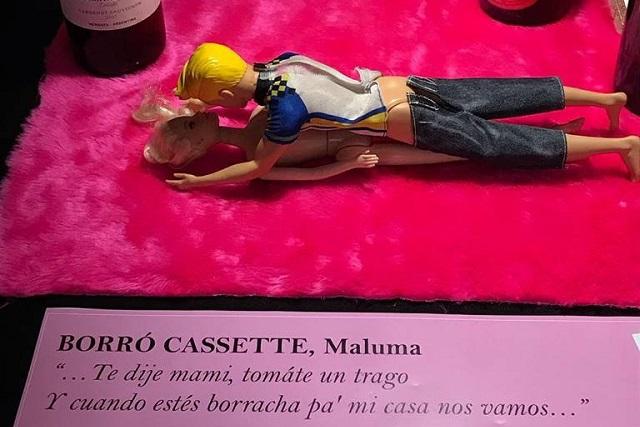 Ilustran con muñecas canciones de sexo, violencia y alcohol