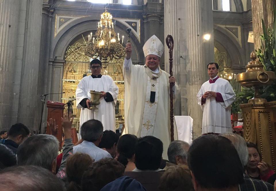 Pide arzobispo propuestas y equidad en debate de candidatos