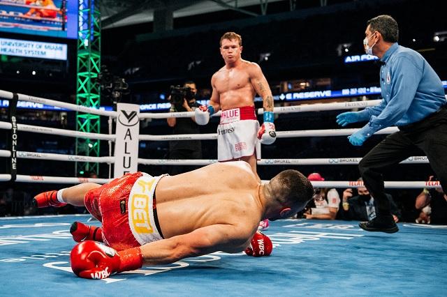 Canelo vs Saunders sería la primera pelea con estadio lleno