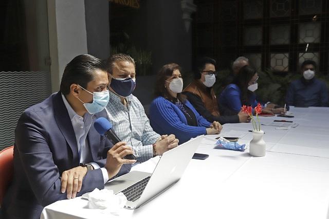 Comerciantes hacen recuento de pérdidas ante regidores de Puebla