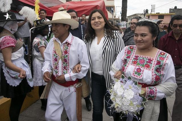 Se inició en Canoa la Fiesta del Libro en Náhuatl