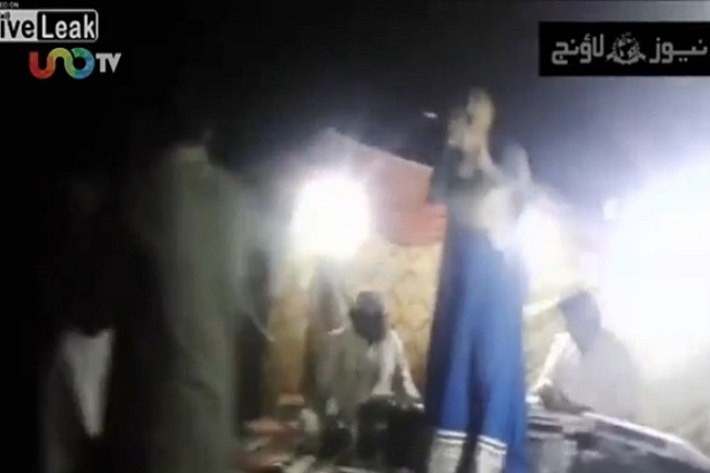 Video impactante: Le disparó a una embarazada porque no quería bailar