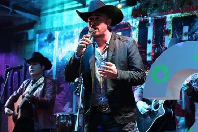 Ejecutan a cantante de narcocorridos Samuel Barraza