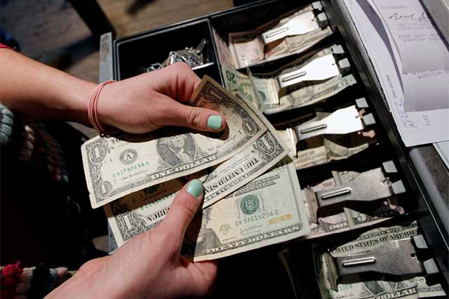 Salida de capital en este sexenio rebasa a deuda pública externa