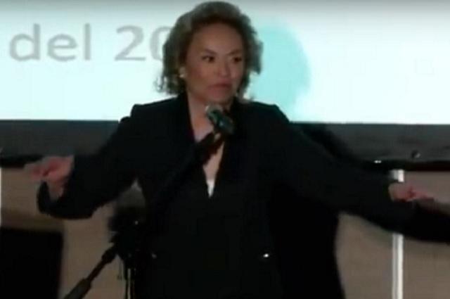 Difunden video de la captura de Elba Esther Gordillo