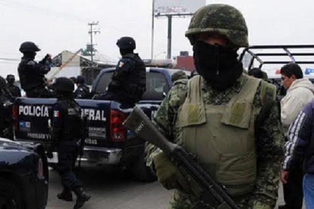 Capturan a policía que agredió en Michoacán a reportero de TV Azteca