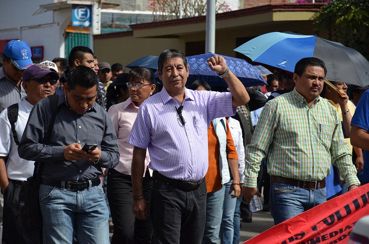 Capturan a líder de la CNTE; profesores denuncian desaparición forzada