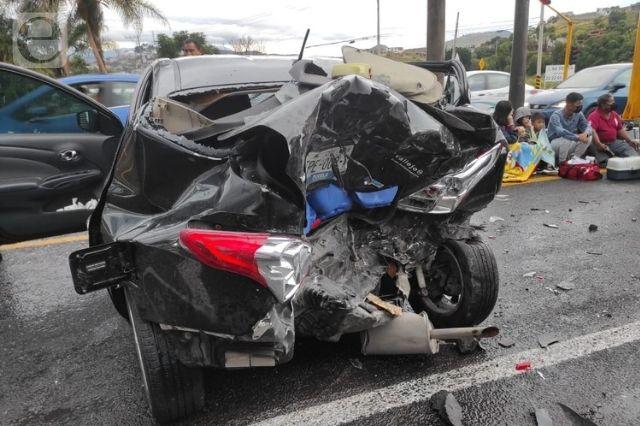 Carambola en Atlixco deja al menos 9 heridos