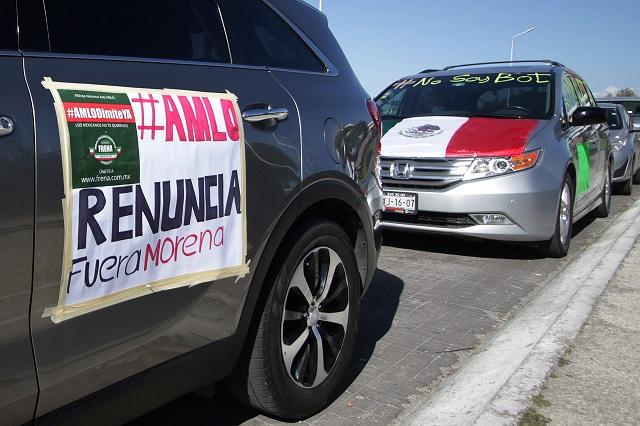Organizan caravana Anti AMLO desde la zona de Angelópolis