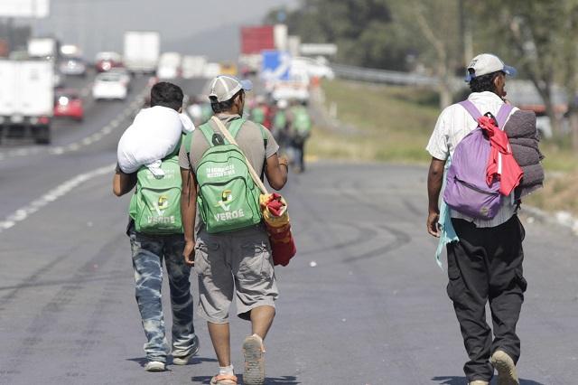 Vecinos ven inusual actividad en sede del INM en Puebla