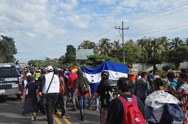 Donald Trump reconoce que México está deteniendo a migrantes en la frontera