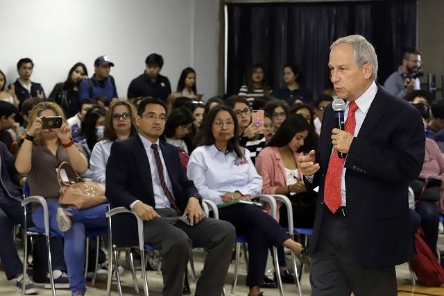 """Cárdenas invita a hacer fiestas """"tipo Super Bowl"""" para ir a votar"""