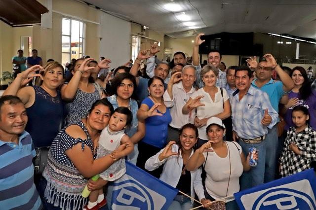Más estancias y clínicas en la Sierra Norte ofrece Enrique Cárdenas